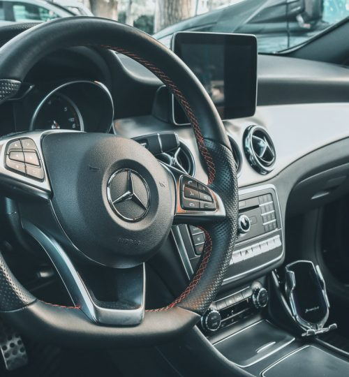 mercedes-frontale-interno